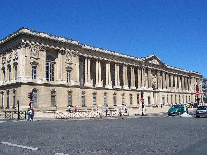 Лувр, восточный фасад