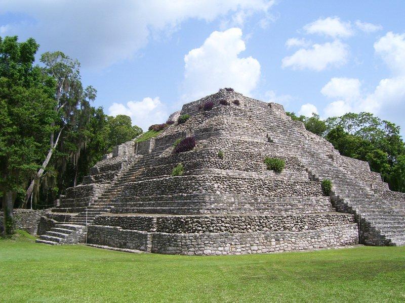 Пирамида майя в Белизе