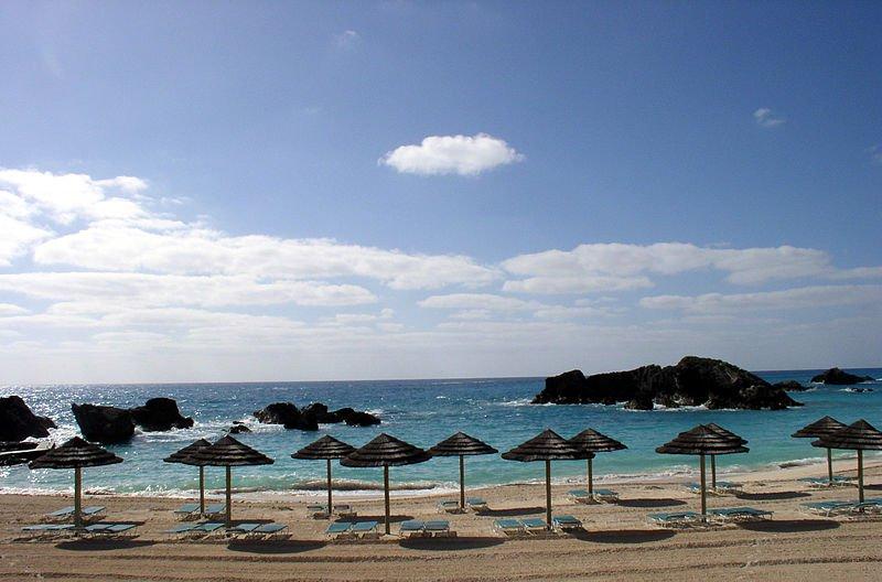 Пляж на Бермудах