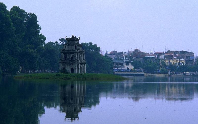 Озеро возвращенного меча, Ho Hoan Kiem, Ханой