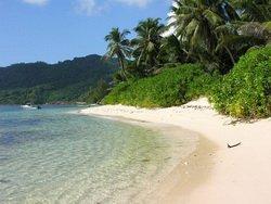 Остров Маэ, пляж
