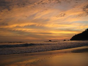 Пляж парка Мануэль Антонио, Тихий океан