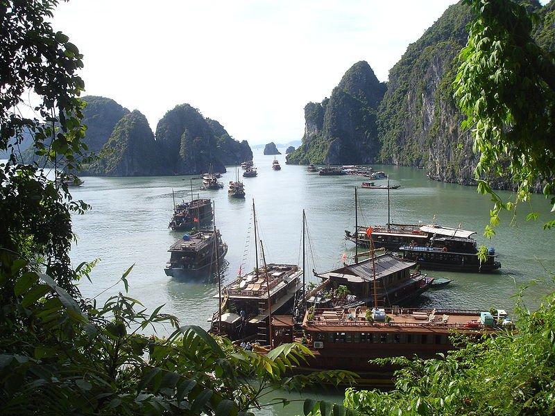 Путешествие в бухту Ха Лонг
