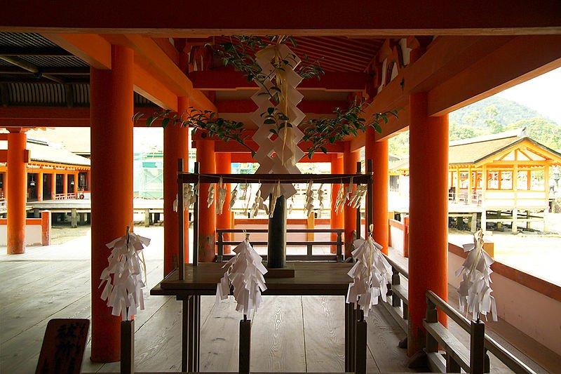 Храм Ицукусима, Япония