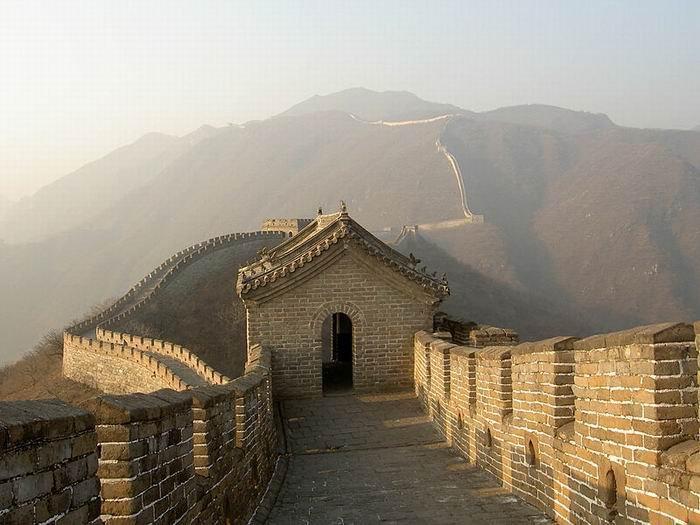 Великая китайская стена, горы