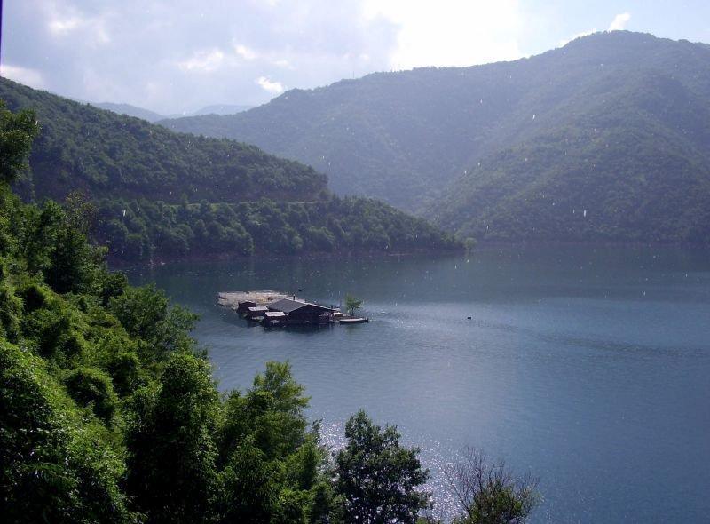 Озеро в Родопах