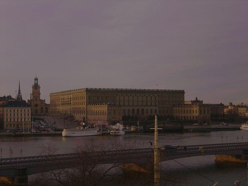 Стокгольмский дворец в сумерках