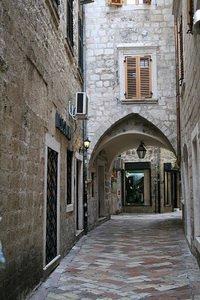 улица в старом городе, Котор, Черногория