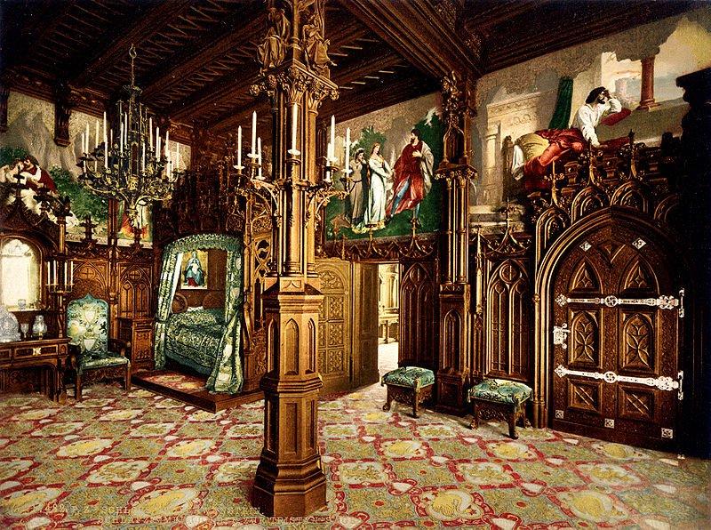 Нойшванштайн, королевская спальня