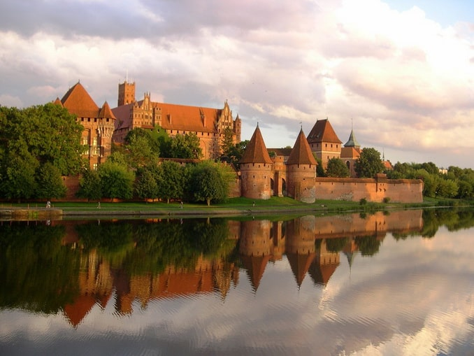 Замок Мальборк, Польша