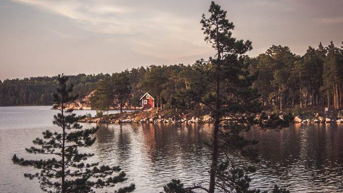 Пустынные шхеры - население Швеции немногочисленно