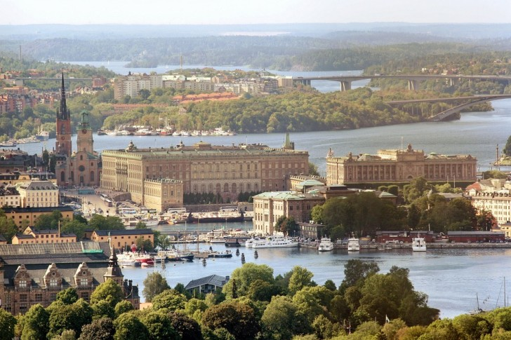 Вид на Королевский дворец Стокгольма с воздуха