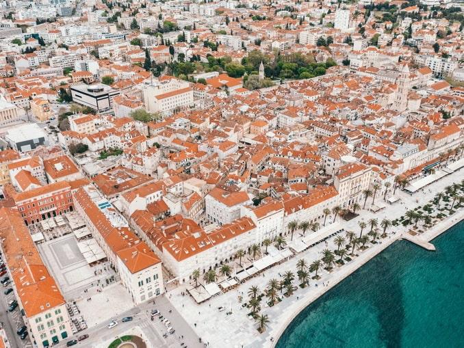 Сплит - один из самых популярных городов Хорватии среди туристов