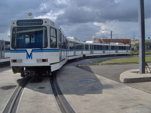 Поезд метро Валенсии