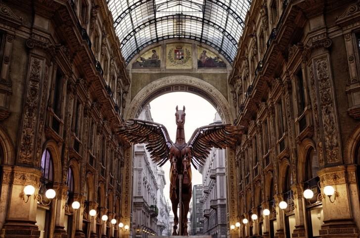 Милан, Пегас в Галерее