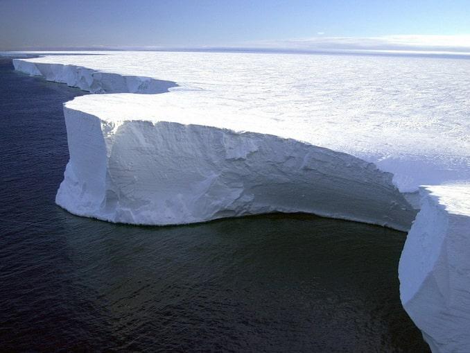 Ледовое поле в Антарктиде