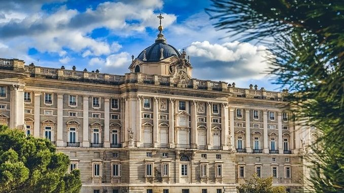 Королевский дворец в Мадриде, Испания