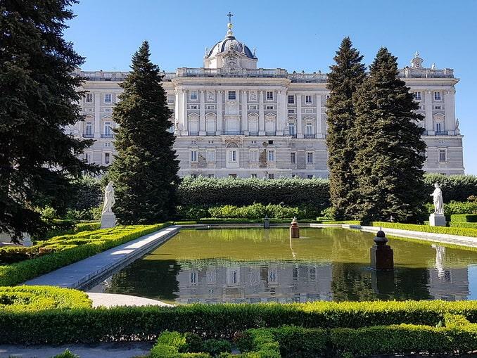 Королевский дворец и сады Сабатини, Мадрид