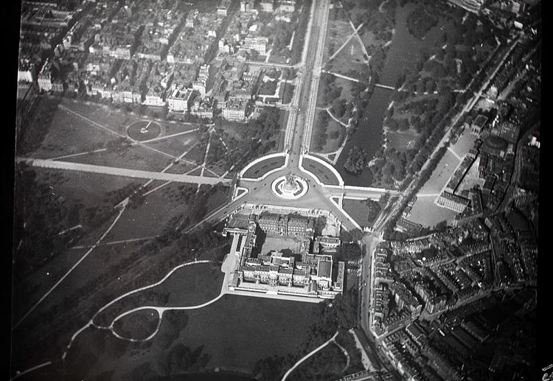 Букингемский дворец с воздуха, 1909 год