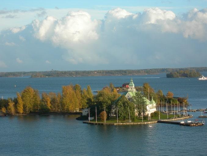 Вид на Хельсинки с борта парома в Швецию