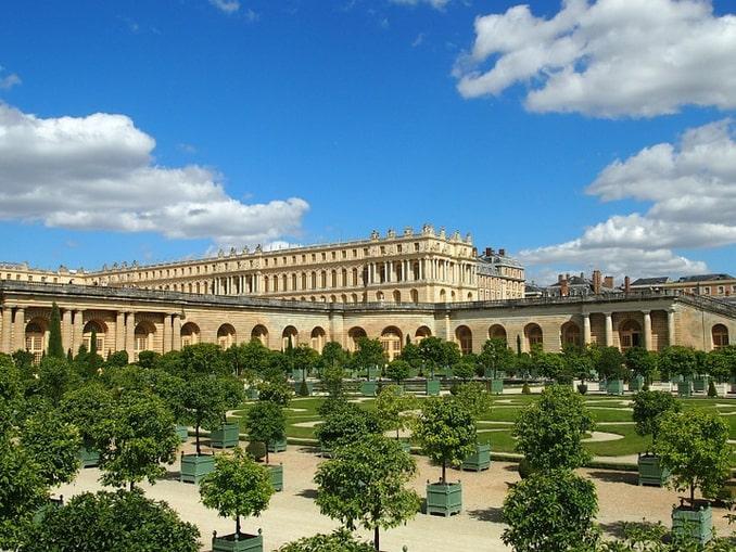 Версальский дворец и Оранжерея