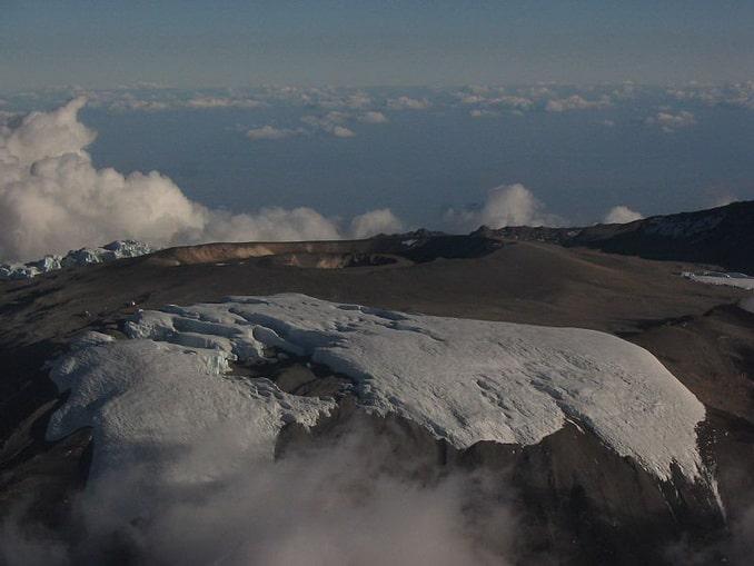Кибо - самый высокий кратер на Килиманджаро