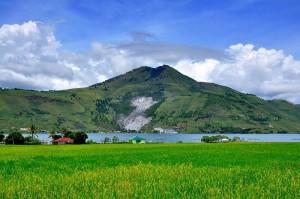 Пусук Бухит, озеро Тоба