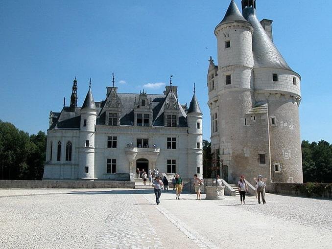 Замок Шенонсо, главный вход