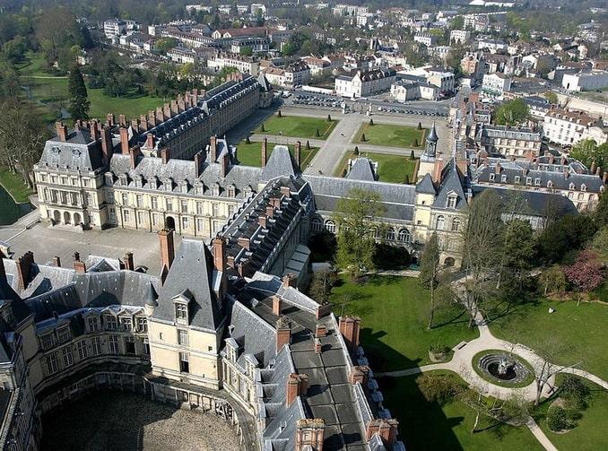 Замок Фонтенбло - олицетворение истории Франции