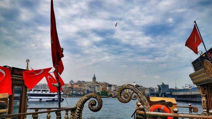 Пролив Босфор в Стамбуле, сентябрь