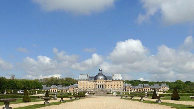 Замок Во-ле-Виконт во Франции