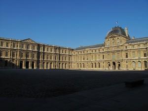 Cour Carrée Лувра