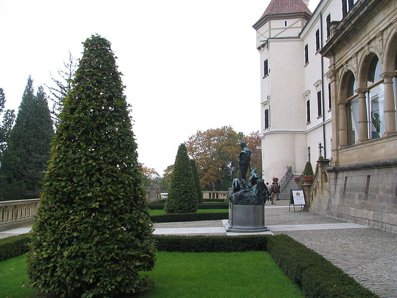 Конопиште, главный фасад, фоо Maxx / Wikimedia Commons