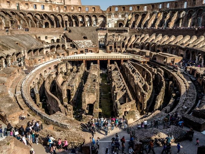 Внутреннее пространство Колизея