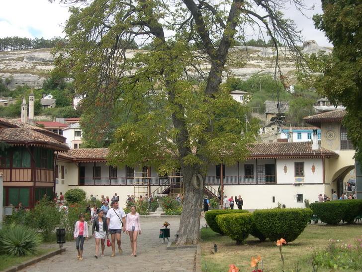 Бахчисарайский дворец - внутренний двор