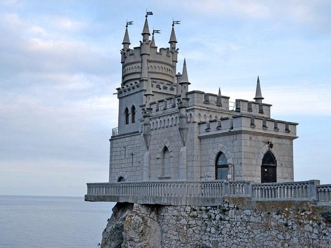 Ласточкино гнездо - не дворец