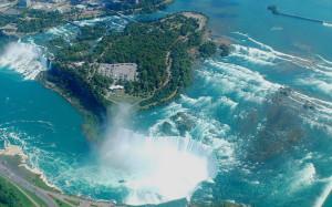 Ниагарский водопад во всем величии