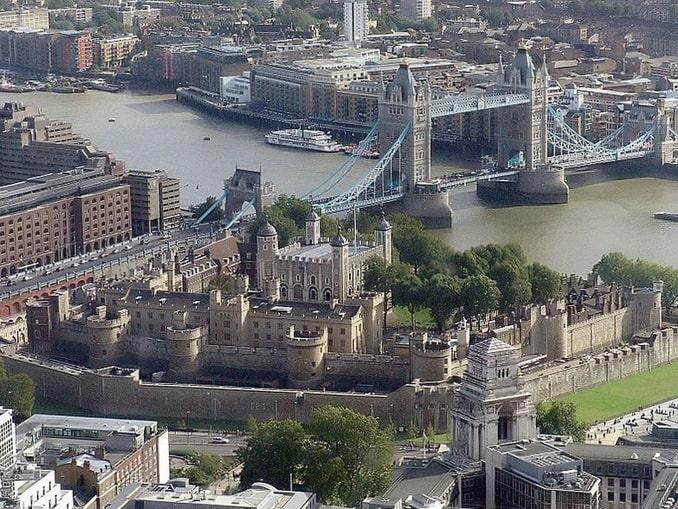 Вид на Тауэр и мост, Лондон
