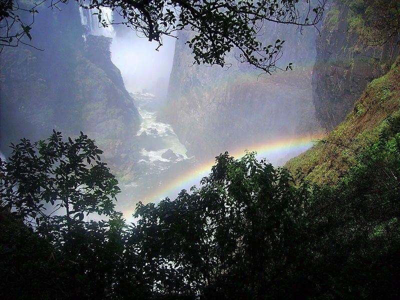 Радуга над Замбези, водопад Виктория
