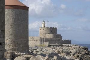 Форт Святого Николая в порту и мельница