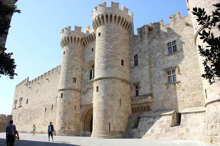 Дворец Велиих магистров, Родос