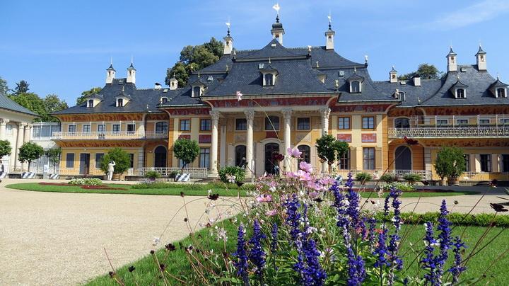 Дворец Пильниц, внутренний двор