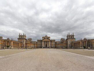 Бленхеймский дворец в Англии