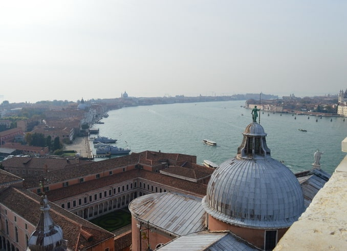 Венеция вид на канал Джудекка