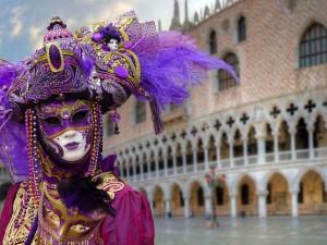 Дама в маске, Венецианский карнавал