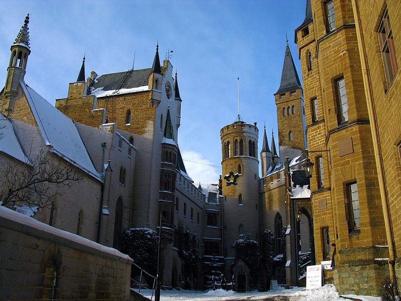 Замок Гогенцоллерн, внутренний двор