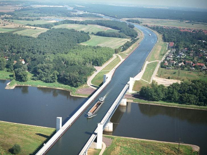 Водный мост, фото treasurenet.com