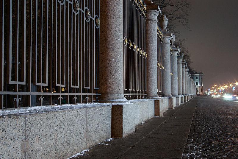 Ограда Летнего сада, фото IKit / Wikimedia Commons