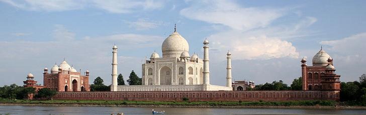 Индия разрешила получение виз по прибытии гражданам 43 стран. Россия в их числе!
