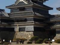 Замок Мацумото, все три башни